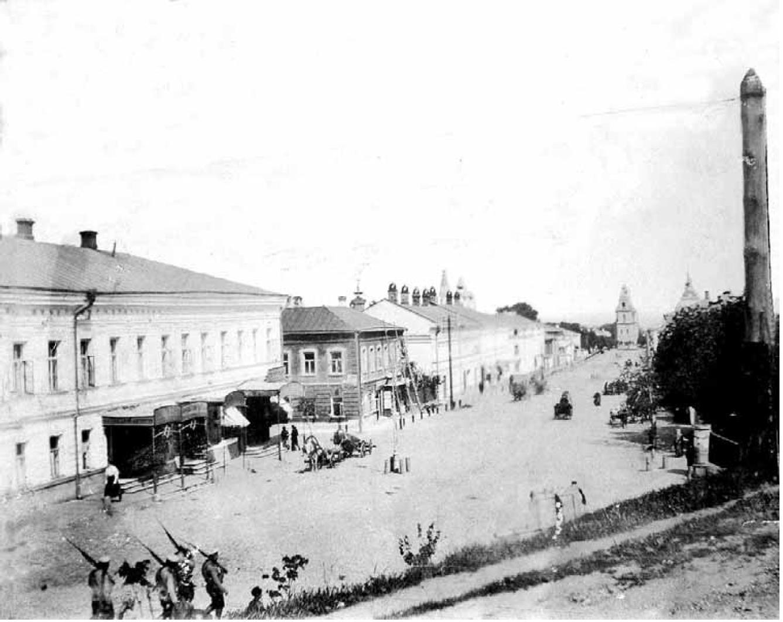 Большая Нижегородская улица. Вид средней части улицы с запада. 1909-1917
