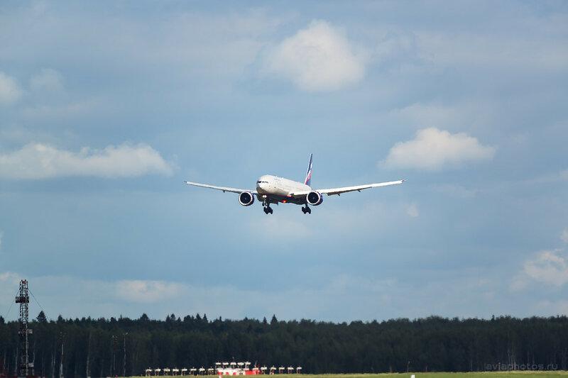 Boeing 777-3M0/ER (VQ-BQB) Аэрофлот 300_D807446