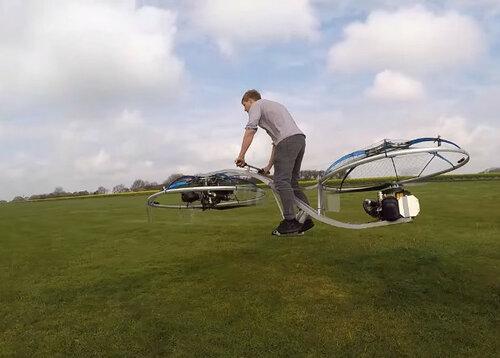 Мужчина из Великобритании собрал летающий ховербайк