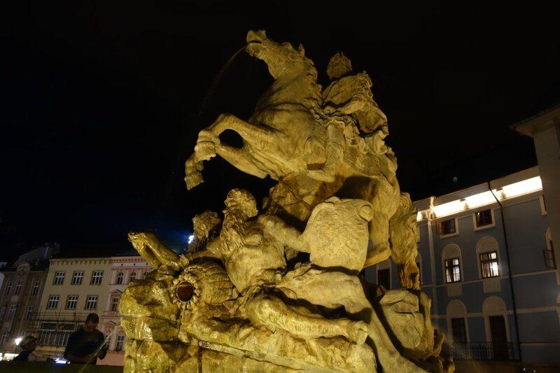 Путешествия: Оломоуц и завод Тваружков