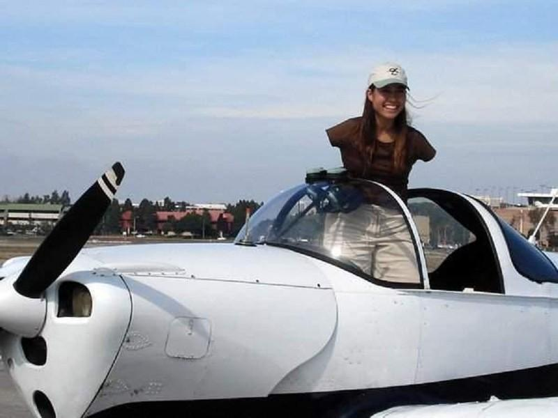 17. Три года потребовалось девушке, чтобы стать пилотом.