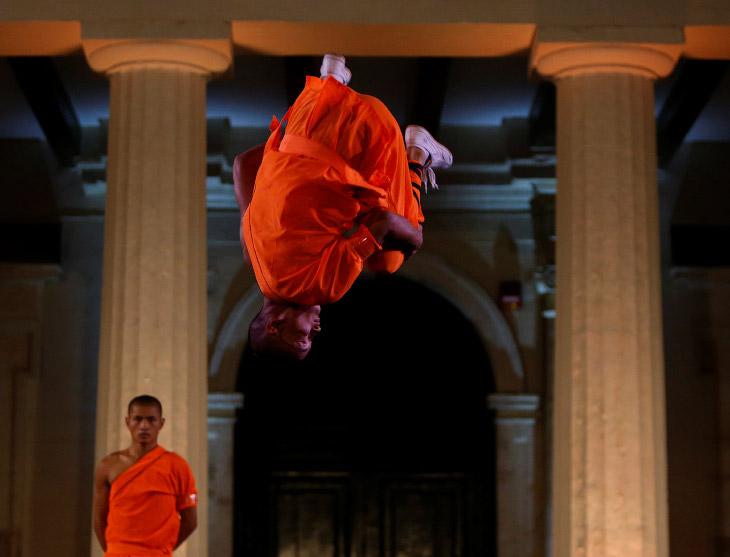2. Выступления на Мальте провела специальная труппа с названием Dengfeng Zhongyue Shaolin Boxing Cul