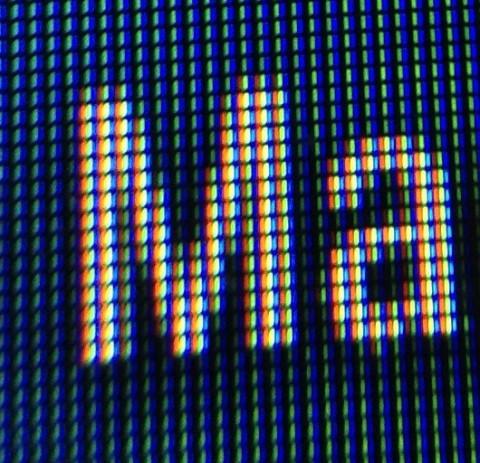 Фрагмент микрофотографии экрана смартфона, полученный на iPod Touch 5G Заключение Надеемся, что проч
