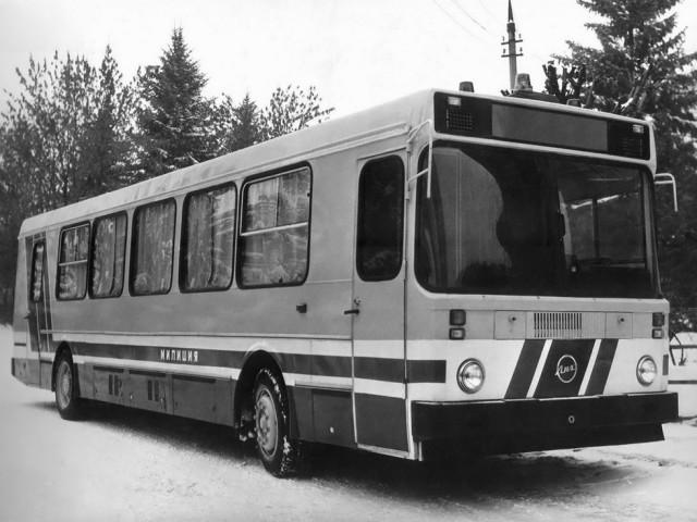 Командо-штабной автобус милиции ЛиАЗ-5256 для оперативно-выездных мероприятий В восьмидесятые годы в