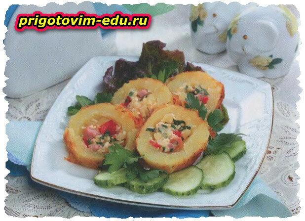 Картофельные корзиночки с начинкой из колбасы