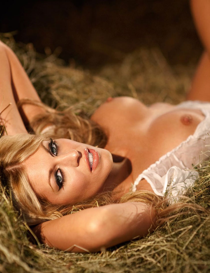 Julia Schober / Playboy Germany - Oktoberfest 2014 Special Edition