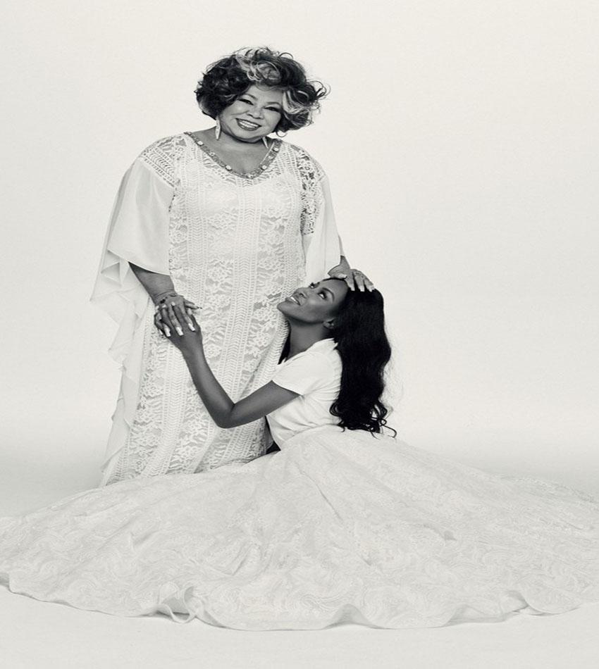 Naomi Campbell - Alcione Dias Nazareth by Bob Wolfenson
