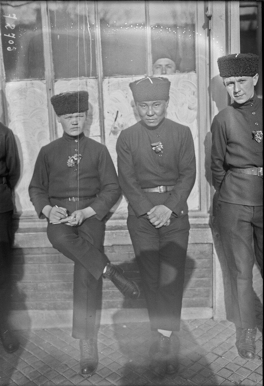 1922. Русские дети-сироты в Париже (мероприятие при поддержке Французского комитета по спасению детей России). 13 марта