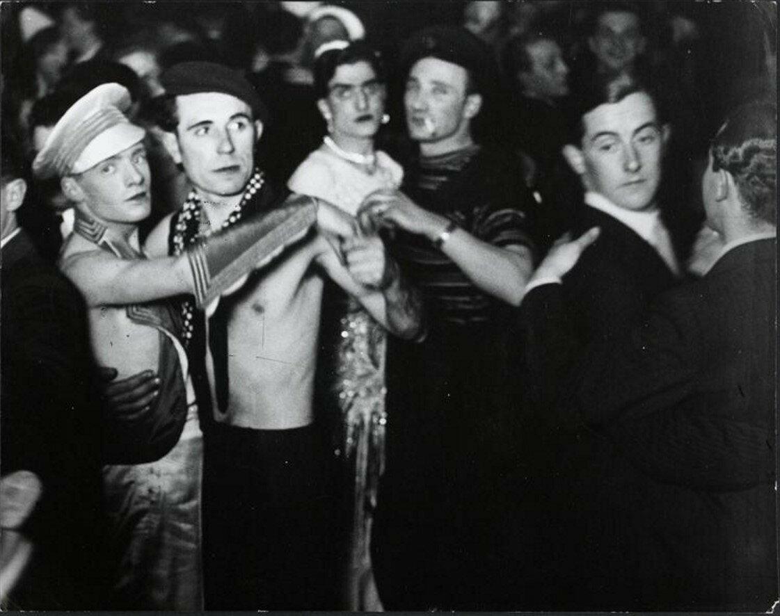 1932. В дансинге для гомосексуалистов «Мэджик Сити»