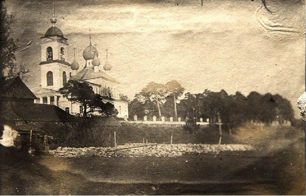 Крестознаменская церковь в Коприно