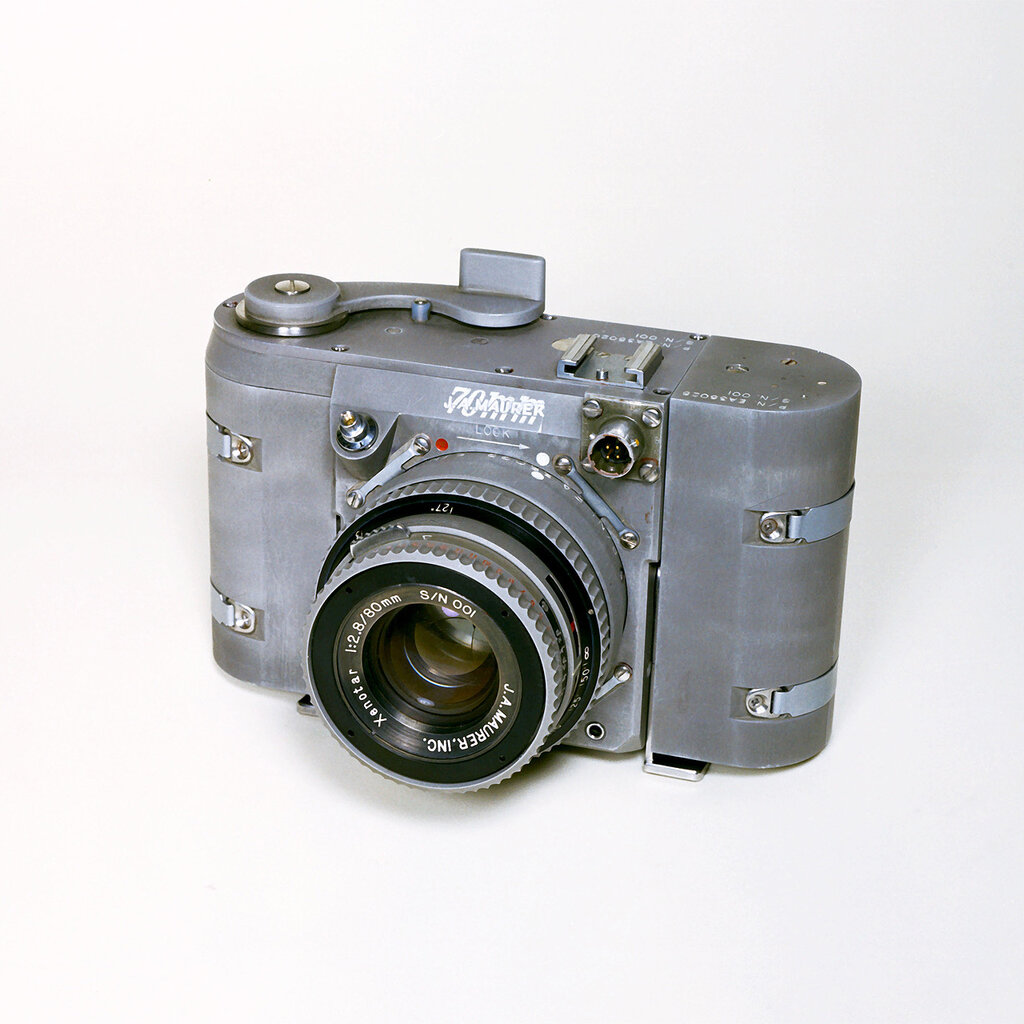 "A ""70mm J.A. Mauer"" camera, equipped with 80mm, F2.8 Xenotar lens, built for the Gemini missions. 28 April 1965.jpg"