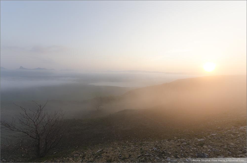 гора Клементьева - весенний Коктебель