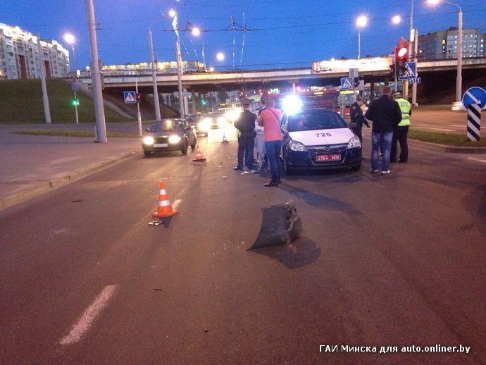 В Минске задержали водителя маршрутки, сбившей женщину на переходе