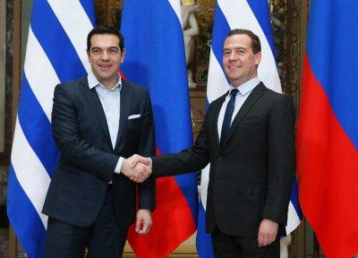 Дмитрий Медведев провел деловую встречу сАлексисом Ципрасом