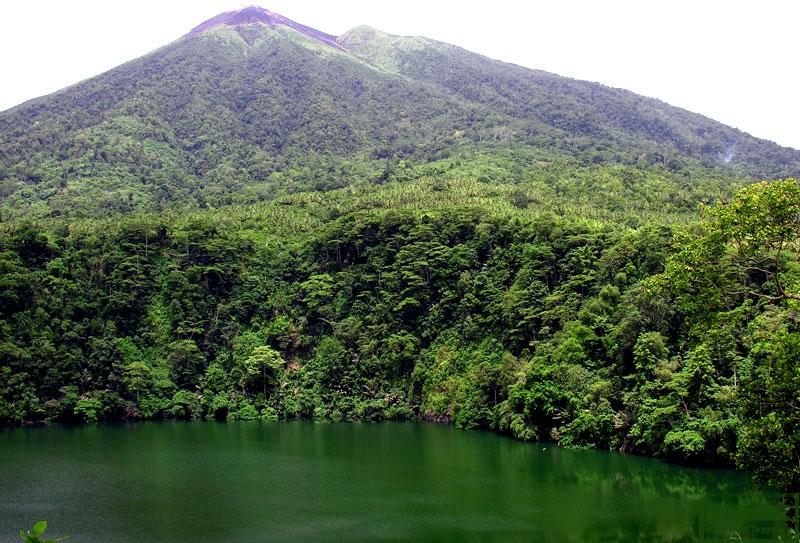 Озеро Толире
