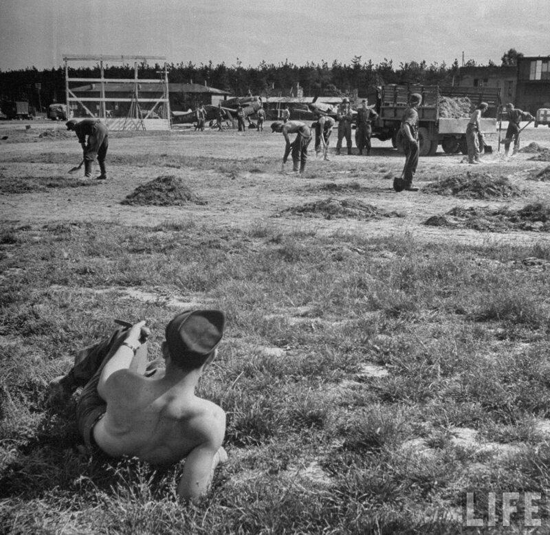 1945-площадка для бейсбола-2.jpg