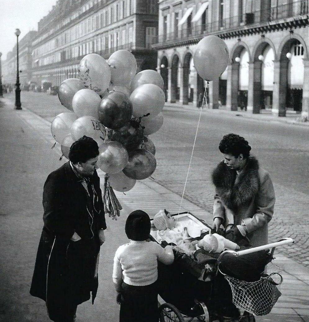 1947. Улица Риволи