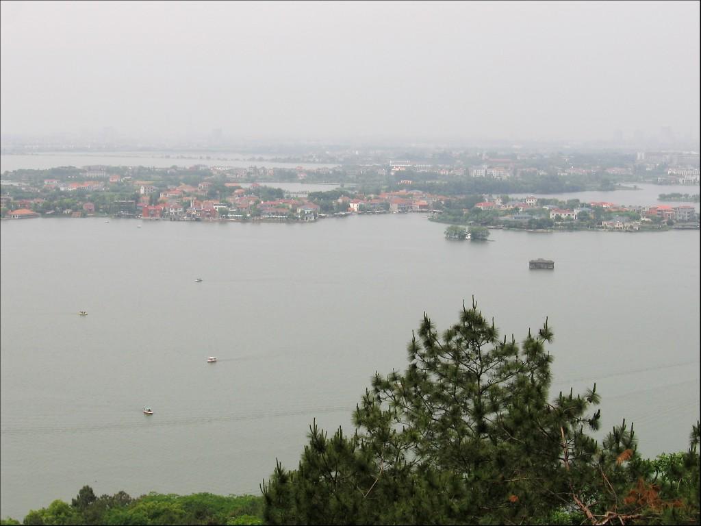 Панорама озера Дунху, Ухань