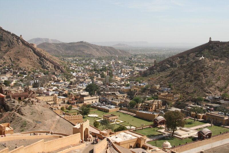 Вид на пригород Джайпура