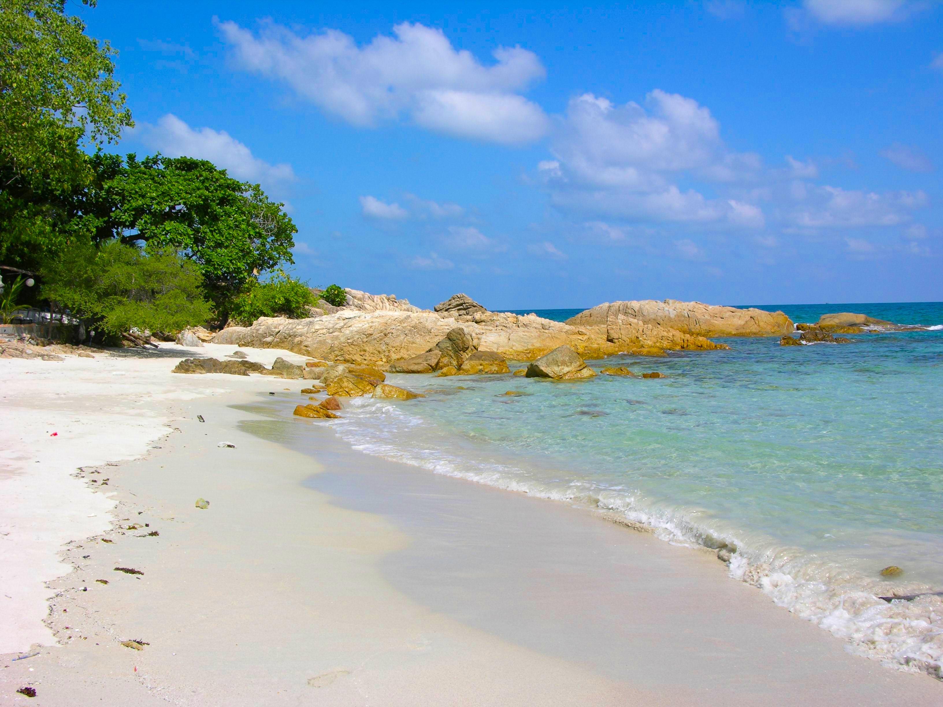 Фото пустынный пляж море природа