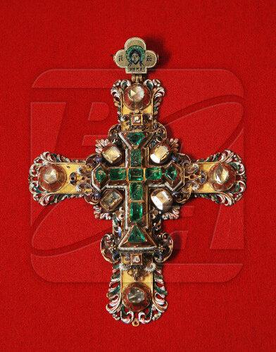 Крест наперсный царя Петра Алексеевича (1680 г)