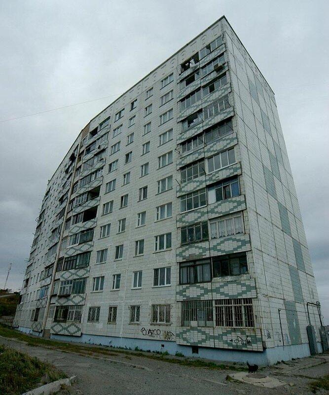 Жители Владивостока продолжают борьбу с незаконными автостоянками (ФОТО)