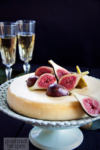 ricotta cheesecake and moscato figs