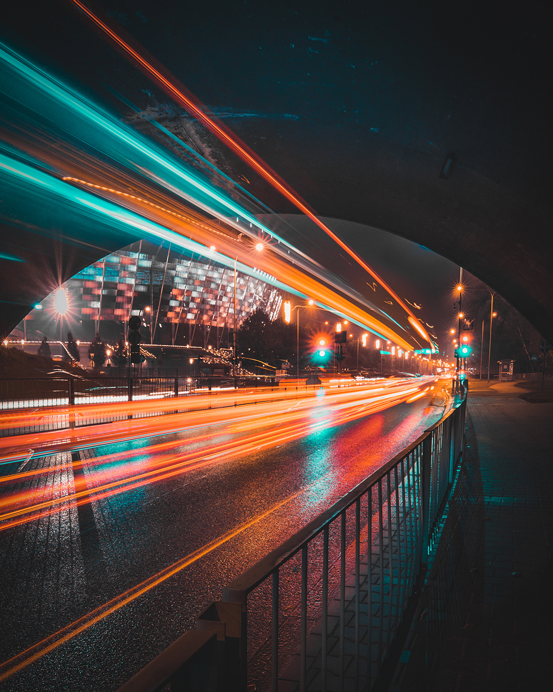 Dynamic Images of Warsaw at Night