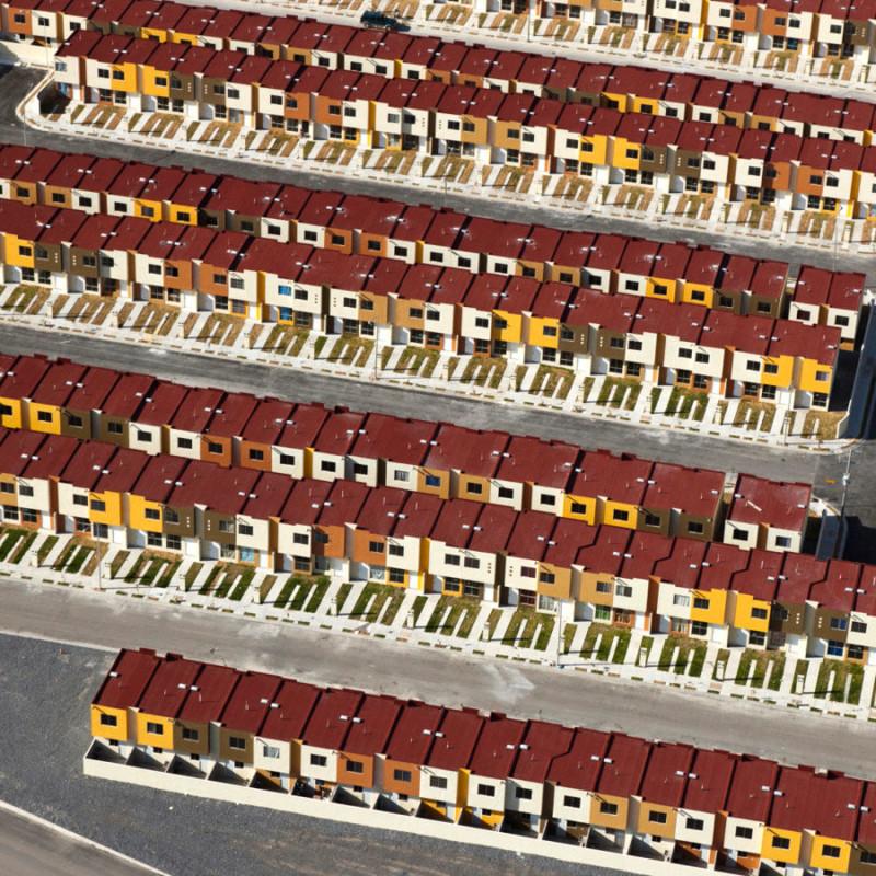 Лего наяву: фотопроект об эстетике домов, в которых живут и страдают мексиканцы