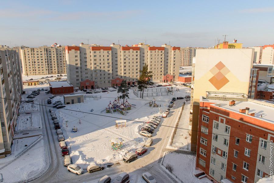 саровский двор в новом районе