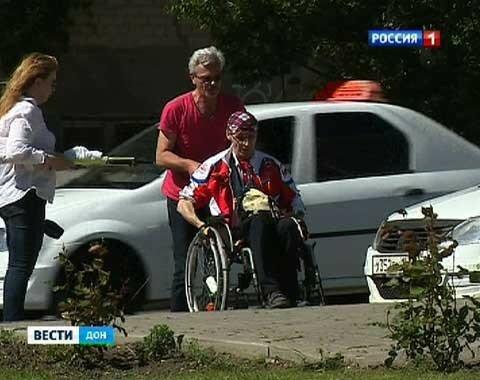 Таганрожец изобрел инвалидную коляску для подводного плавания
