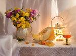 Как солнце осени – златые хризантемы...