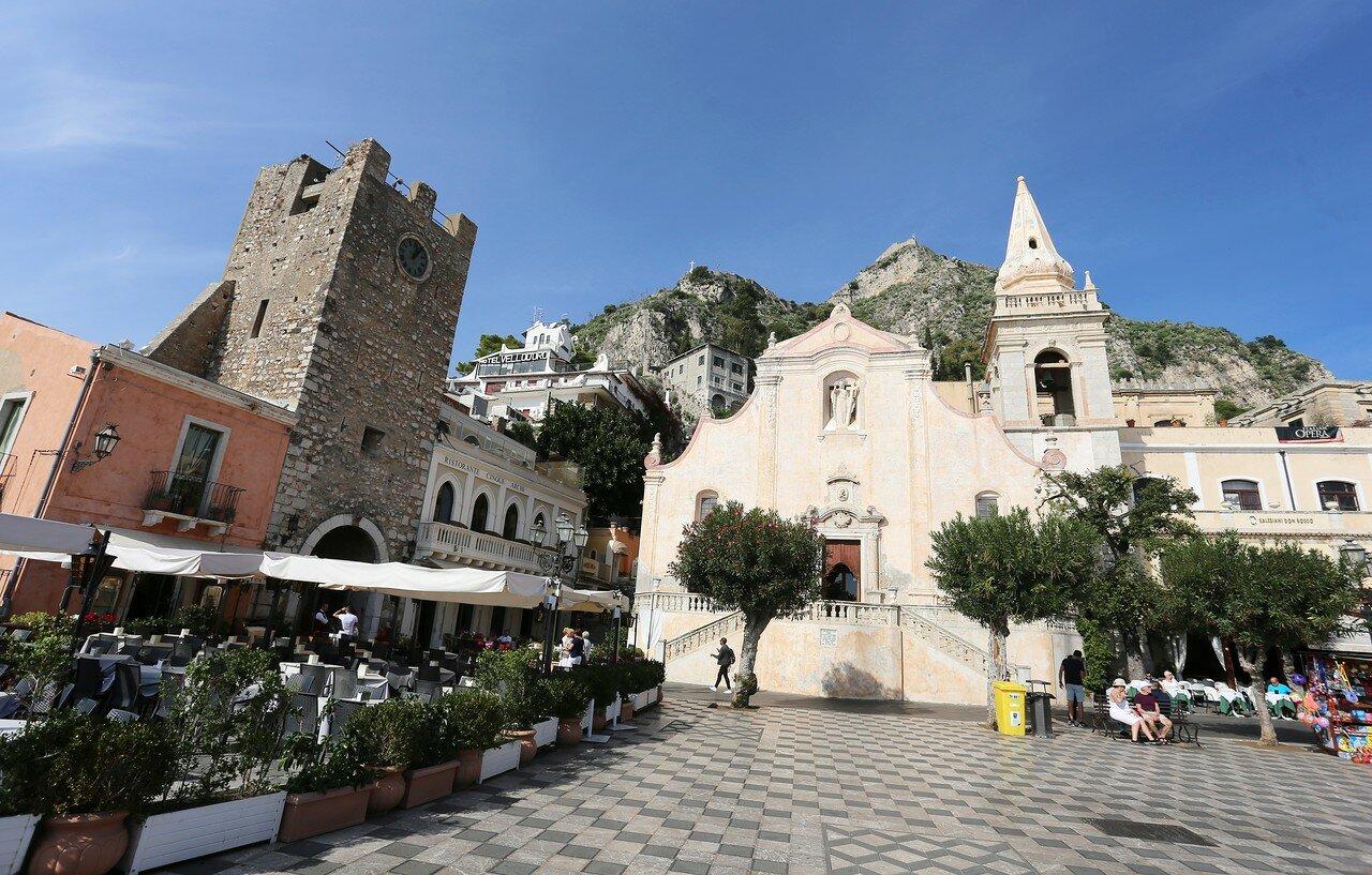 Taormina. The middle gate (Porta di Mezzo) or the Clock tower (Torre Dell'orologio)