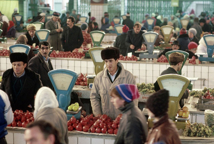 Крах империи: 15 снимков последних дней СССР, сделанных американским фотографом. (15 фото)