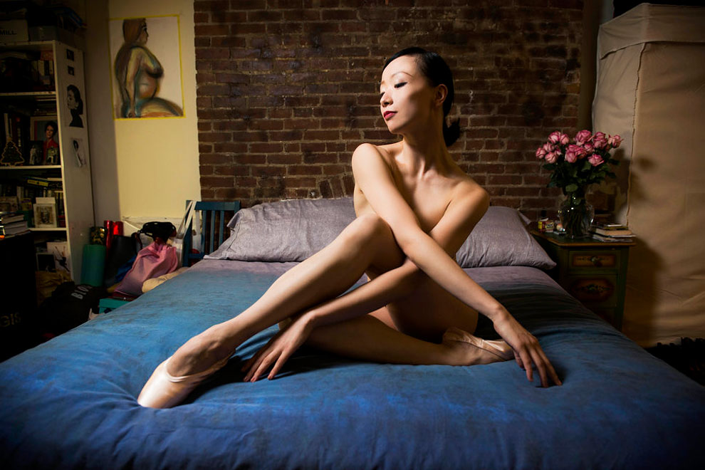 Зонгжинг Фанг, кордебалет, Американский театр балета. Приехала из Шанхая, сейчас живет в квартире-ст