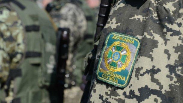 ВУкраине поймали нелегала, который приплыл изПольши нанадувном круге