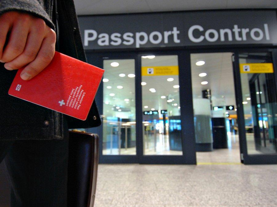 ВУзбекистане отмена виз для иностранцев перенесена на 2021-й