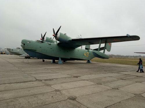 Самолет-амфибия, многоцелевой гидросамолет Бе-6   Киевский государственный музей авиации