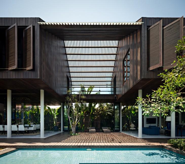 DRA House by D-Associates (17 pics)