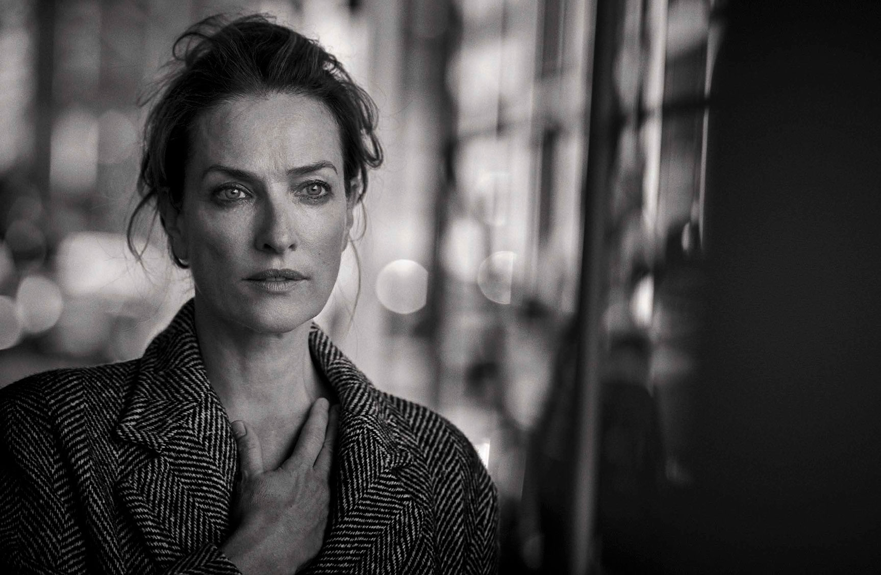 Tatjana Patitz - Walking by Peter Lindbergh - Vogue Italia october 2016