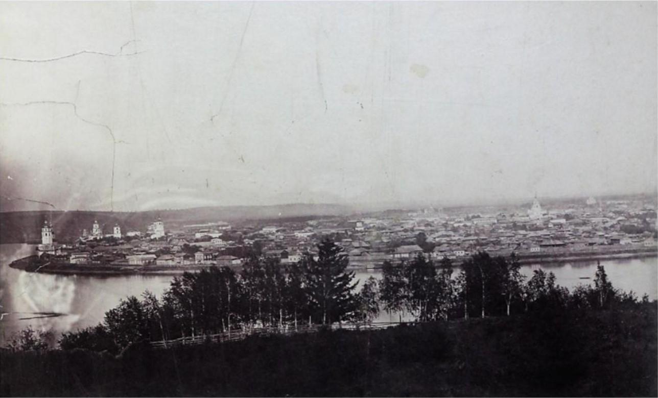 Панорама города. Вид на район от Чудотворской до Троицкой церквей. 1860-е