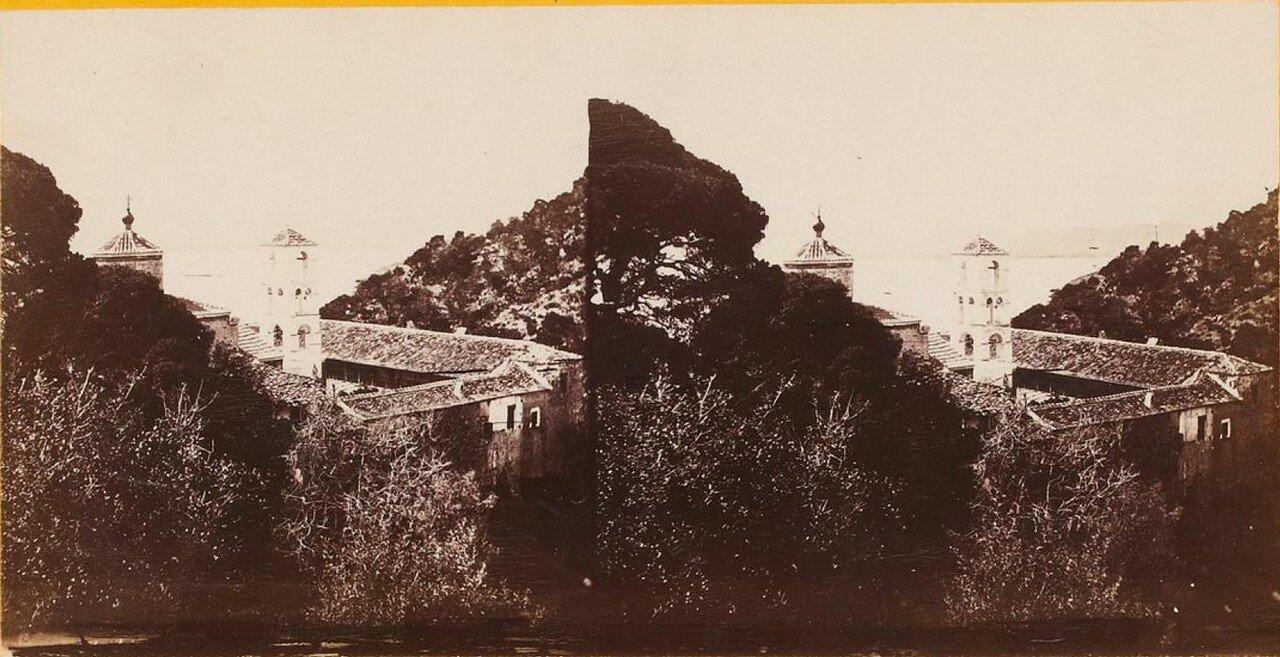 Греческий монастырь на острове Порос