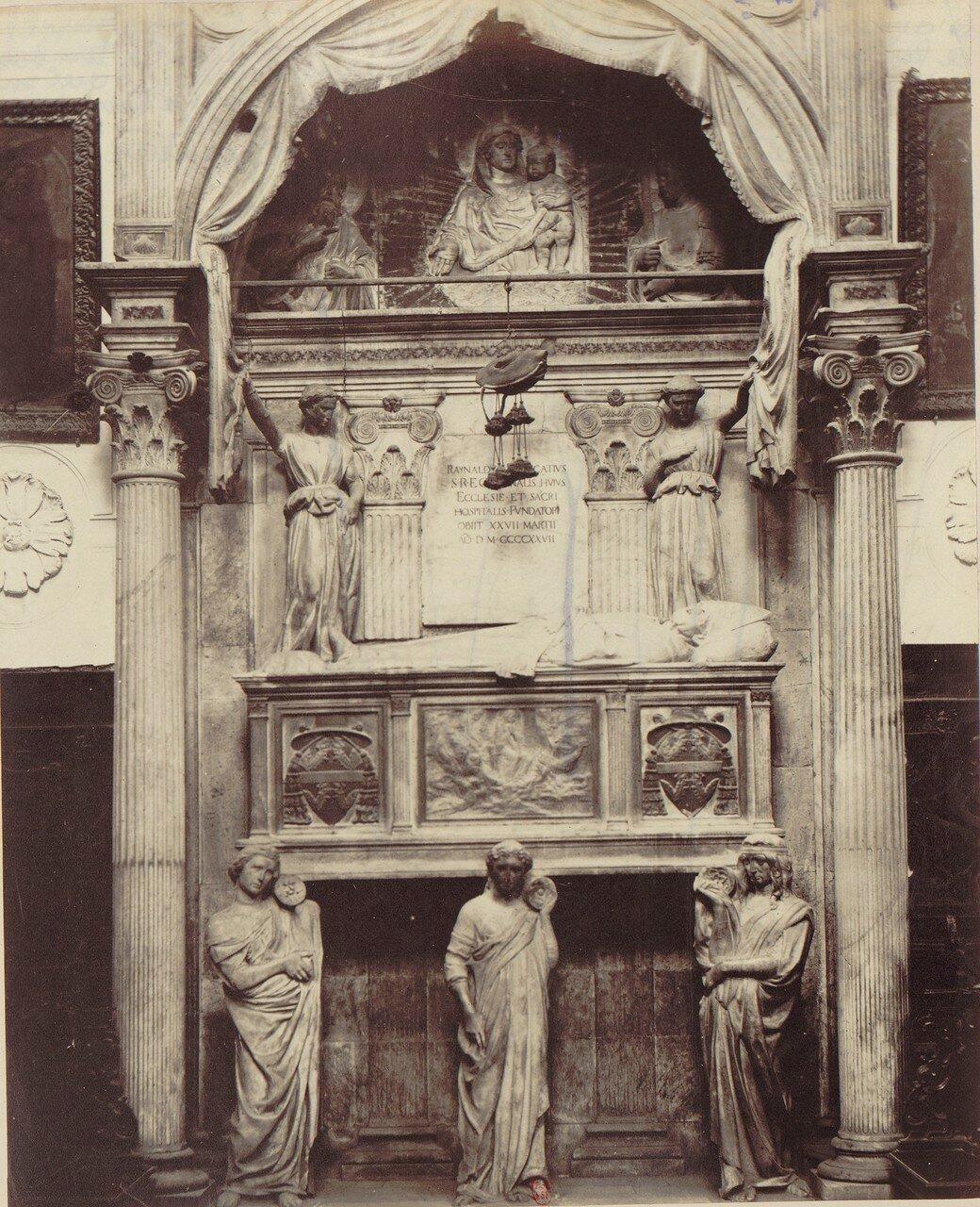 38. Церковь святого ангела у Нила. Гробница кардинала  Райнальдо Бранкаччо, сделанная из разноцветного мрамора и позолоченная. Она была выполнена в Пизе в период между 1426 и 1428 годами