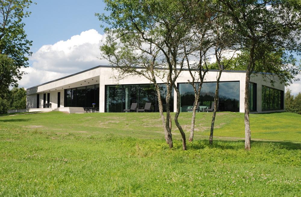 Брутальный дом в Латвии