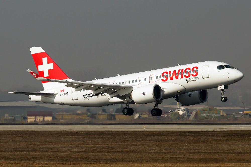 Bombardier_BD-500_CSeries_CS100_C-GWXZ_Bombardier_Aerospace_1_ALA.jpg
