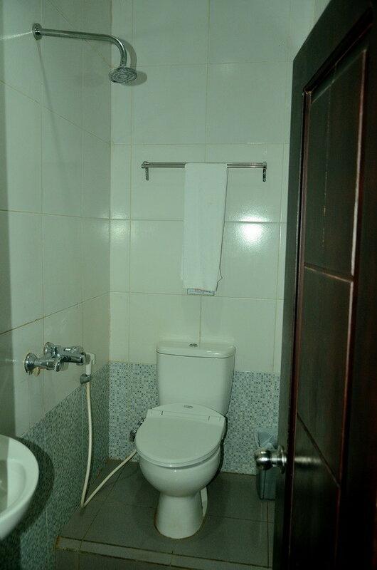 Туалет Город Соронг на Западном Папуа в Индонезии Город Соронг на Западном Папуа в Индонезии 0 1b0fbe 51bae726 XL
