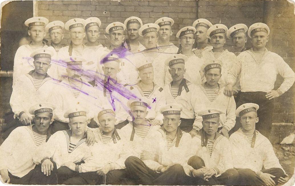 Фото матросов Учебного минного отряда. 1900-е