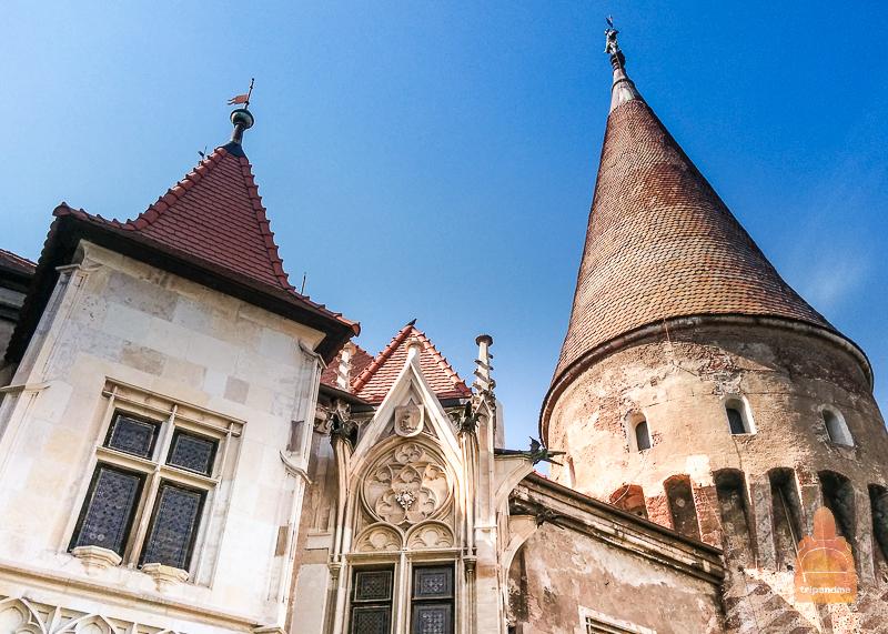 Замок отлично сохранился до наших дней