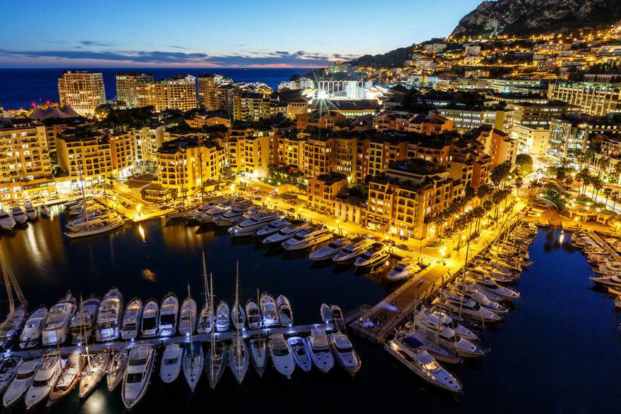 2. Самая переполненная страна – Монако Плотность населения в Монако составляет приблизительно 30 тыс