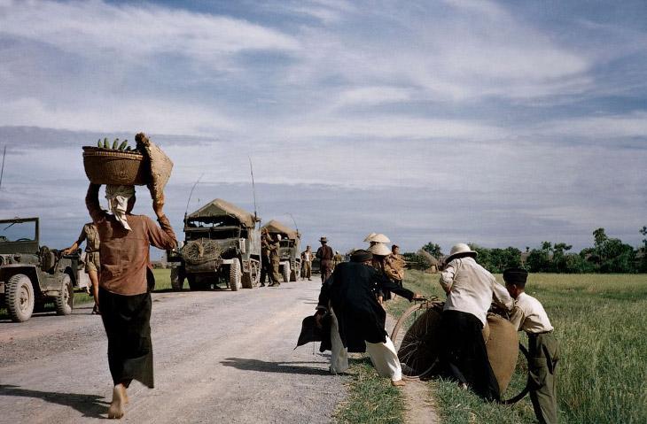 2. Не успели французы выйти из одной колониальной войны, как у них прямо под боком вспыхнула другая